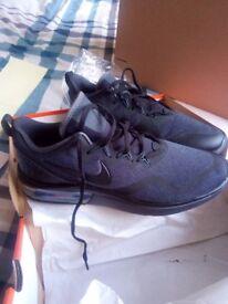 Nike air max fury new size9