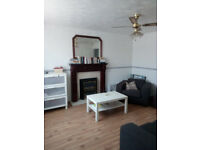 2 BEDROOM MID TOWN HOUSE, EXCELLENT DISTANCE- SHOPS, CITY CENTRE, MOTORWAY LINKS, AMENITIES