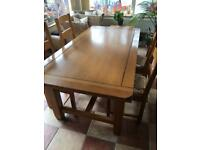 BARGAIN SOLID HARDWOOD TABLE + 4 CHAIRS
