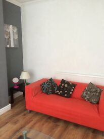 Lovely double bedroom in house share