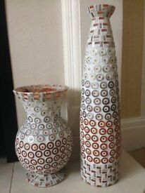 Vases decorated with mosiacs