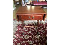 Antique/vintage small drop leaf table