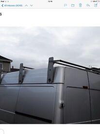 Van roof bars