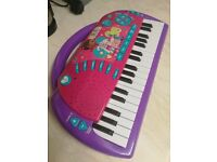 Girls Electronic Keyboard