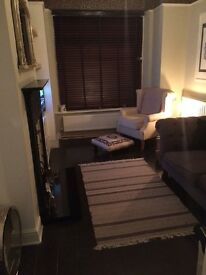 Kingsize room to rent. 10mins walk to city centre