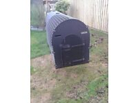 Dog Kennel, £185 suit labrador etc 8x2.5x3.5ft plastic new cost £340