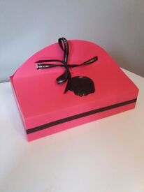 VICTOR & ROLF 'BONBON' GIFT SET, 3 ITEMS, NEW-GIFTBOXED, COLLECTION OR DELIVERY. TEL.07803366789