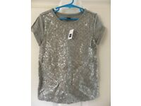 GAP - kids sequined t-shirt - never worn - age 6-7