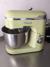 Swan retro baking mixer - green - barely used