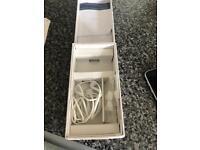 Samsung galaxy S6 on O2 with headphones and charger with box £150