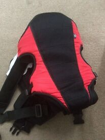 Baby carrier 3in1 excellent condition
