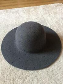 M&S girls hat