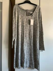 Junarose Long Sleeved Knit Dress Size M/L