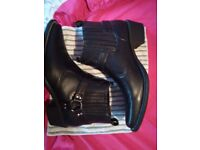 Mens western/rock ankle boots black