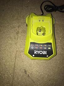 Ryobi charger. Euro plug🔌