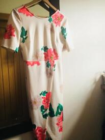 Beautiful ASOS dress size 6 - but would fit 8