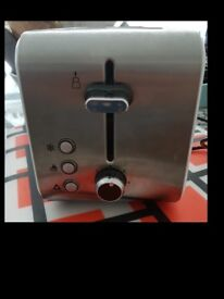 Tesco 2 Slice Stainless White Toaster