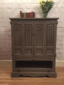 Upcycled oak old charm cabinet / cupboard / armoire Shabby chic grey Annie Sloan