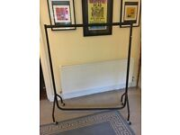 Heavy Duty Clothes Rail 4ft Long x 5ft