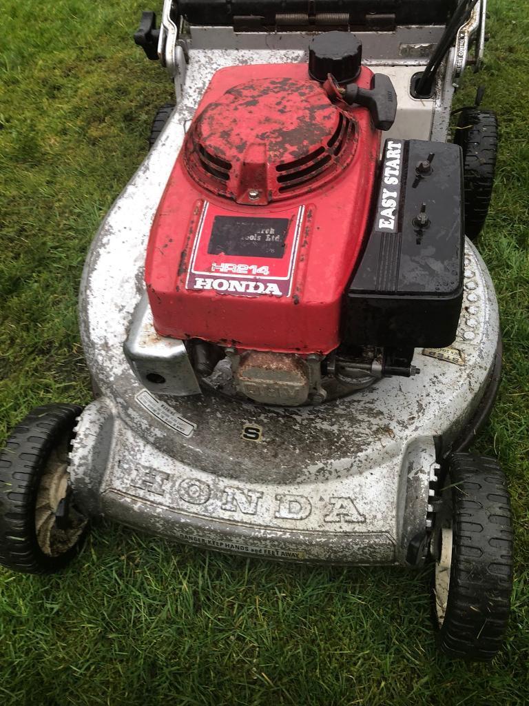 Honda Hr214 21 Petrol Self Propelled Lawnmower In