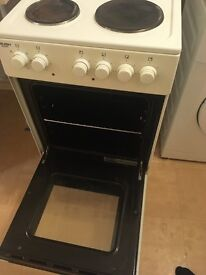 BUSH AE56SW ELECTRIC COOKER