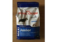 ROYAL CANIN DOG FOOD 4kg LARGE BREED JUNIOR PUPPY COLLECT ROMFORD RM5 CANINE DOGS PETS