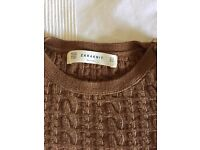 Winter Zara Knit Brown.. Not slouchy yet not tight. In a great condition! Size 10