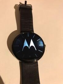 Motorola MOTO 360 watch