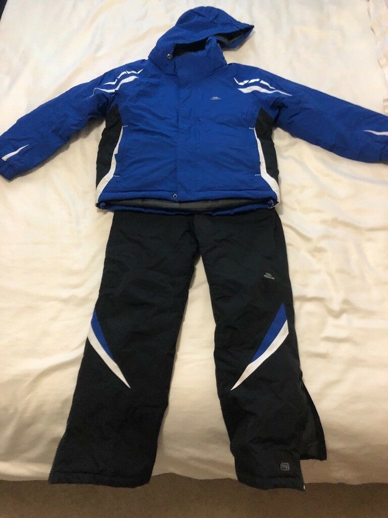 Trespass children s salopettes and ski jacket (aged 7-8)  3065fa3a1