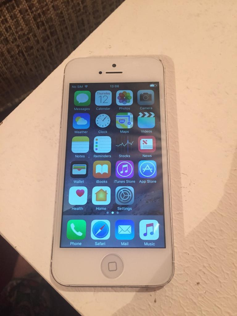 Iphone 5 16gb unlocked refurbishedin Southampton, HampshireGumtree - Refurbished Iphone 5 16 unlocked New screen New home button New charger portAll works as it should Some dinks and scratches on the back but would be covered with a case !!Factory reset Collection fawleyOos