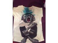 3 One size tshirts
