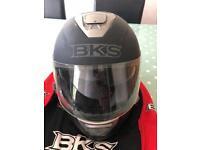 Bks motorcycle helmet Matt black size large