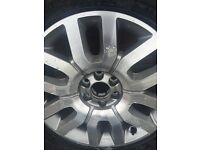 """Brand New Nissan Navara 18"""" Alloy Wheel with New Continental Tyre 255/60R/18"""