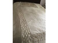 Dunelm mill eiderdown type single bed cover and pillow slip pre owned