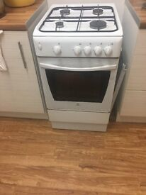55cm white gas cooker