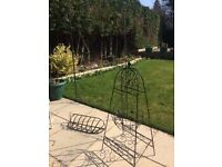Metal Hanging Basket with stand