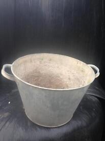 Vintage antique old metal tub bath