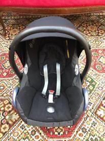 Maxi Cosi Car Seat with Base