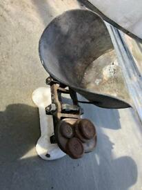VINTAGE WEIGHING SCALES POTATOES SWEET SHOP ANTIQUE