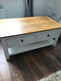 White and oak top coffee table