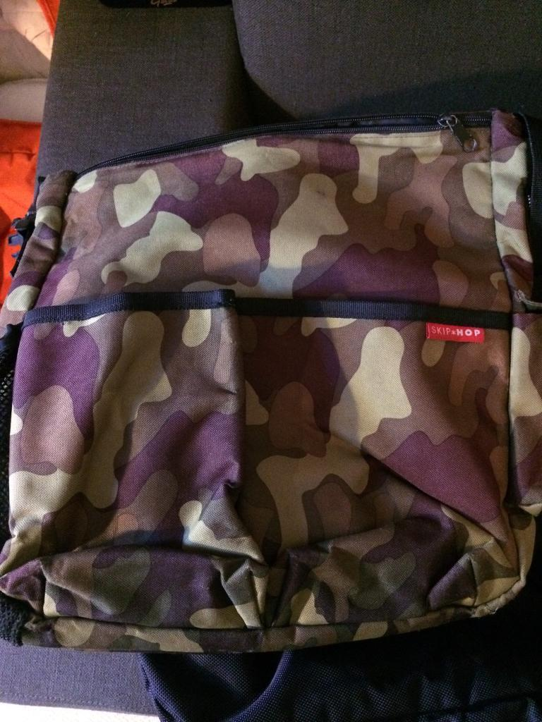 Camouflage skip hop changing buggy prank bag