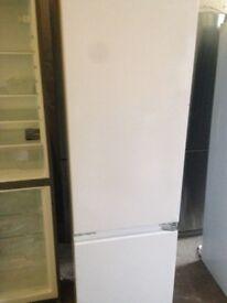 White Intergrate fridge freezer.....Ex display Mint free delivery