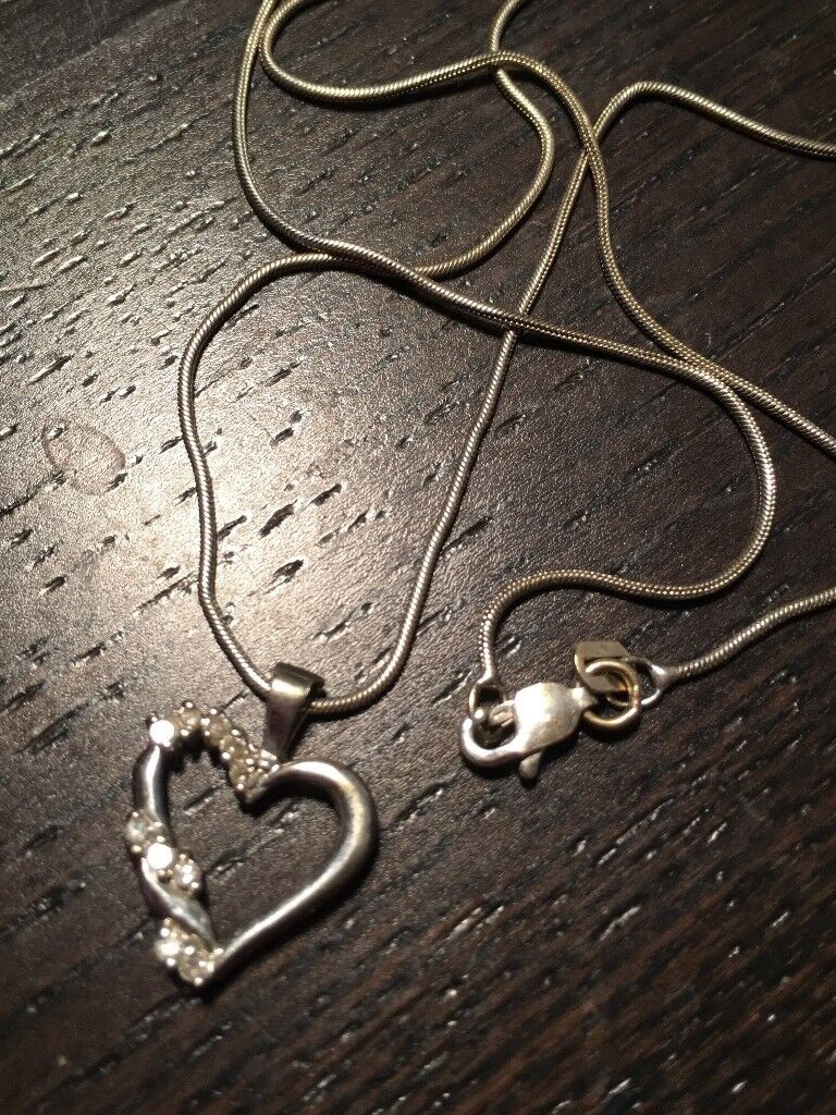 Peoples 10K White Gold Diamond Heart Necklace