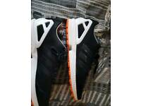 Mens Black/White ZX FLUX 11.5 UK