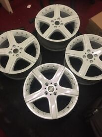 "X4 Custom MOMO 17"" Alloys Freshly Refurbished"