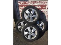 4x16 Renault alloys and tyres