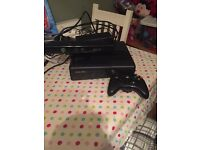 Xbox 360 slim 250gb with kinect, control and one game