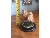 Country Artists - 2 ginger kittens on stand