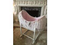 Clair de lune baby girl crib/Noah pod