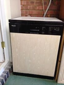 Miele dishwasher, under bench or free standing, collect only.